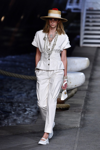 Chanel Cruise 2018/2019 - Chanel Cruise 2018/2019